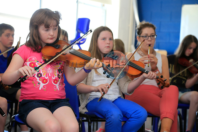 Music generation in St Olivers community college.<br /> Picture:  Fran Caffrey www.newsfile.ie