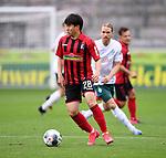 FussballFussball: agnph001:  1. Bundesliga Saison 2019/2020 27. Spieltag 23.05.2020<br />SC Freiburg - SV Werder Bremen<br />Chang-hoon Kwon (vorn, SC Freiburg) gegen Michael Lang (hinten, SV Werder Bremen)<br />FOTO: Markus Ulmer/Pressefoto Ulmer/ /Pool/gumzmedia/nordphoto<br /><br />Nur für journalistische Zwecke! Only for editorial use! <br />No commercial usage!