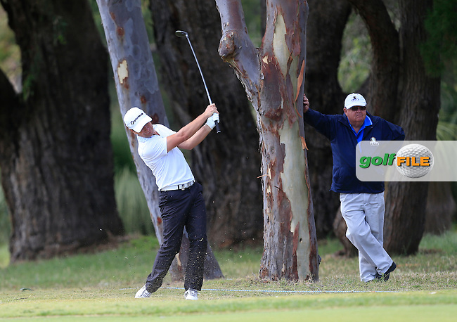 Steve Webster (ENG) on the 18th during Round 1 of the ISPS HANDA Perth International at the Lake Karrinyup Country Club on Thursday 23rd October 2014.<br /> Picture:  Thos Caffrey / www.golffile.ie