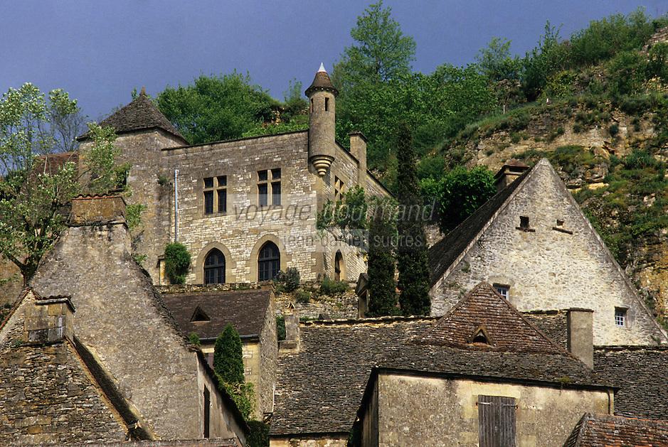 Europe/France/Aquitaine/24/Dordogne/Vallée de la Dordogne/Périgord Noir/Beynac-et-Cazenac: Le village et vieilles demeures