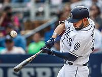 Eric Hosmer.  <br /> Acciones del partido de beisbol, Dodgers de Los Angeles contra Padres de San Diego, tercer juego de la Serie en Mexico de las Ligas Mayores del Beisbol, realizado en el estadio de los Sultanes de Monterrey, Mexico el domingo 6 de Mayo 2018.<br /> (Photo: Luis Gutierrez)