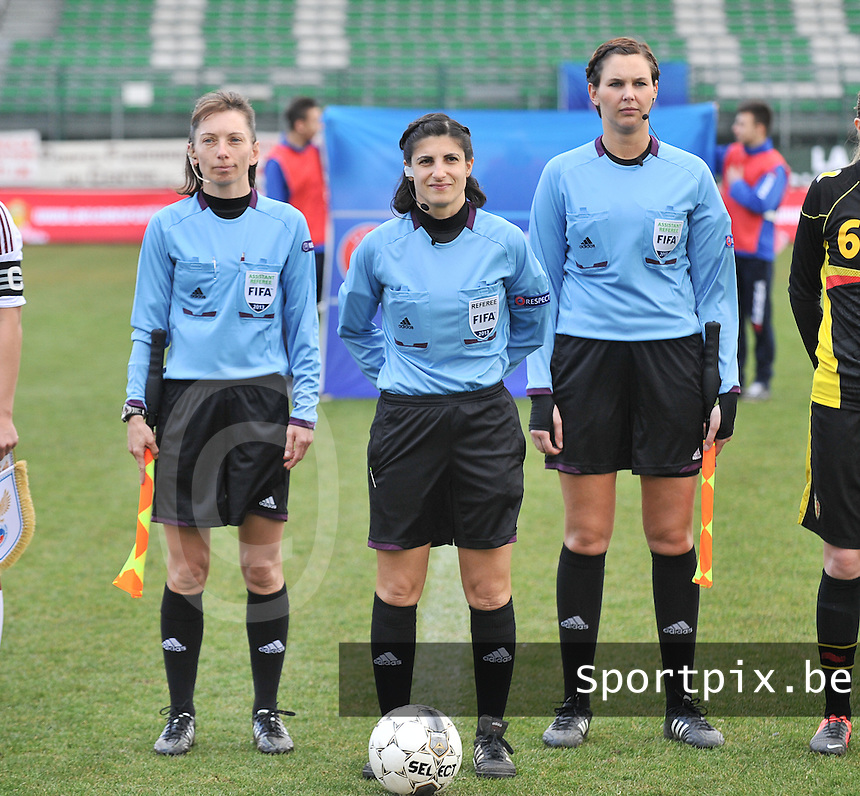 Russia U19 - Belgium U19 : Brigitta Makkosne Petz (HUN) ,  Riem Hussein (GER) and Christina Jaworek (GER).foto DAVID CATRY / Nikonpro.be