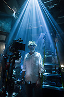The Shape of Water (2017) <br /> Behind the scenes photo of Dan Laustsen<br /> *Filmstill - Editorial Use Only*<br /> CAP/MFS<br /> Image supplied by Capital Pictures