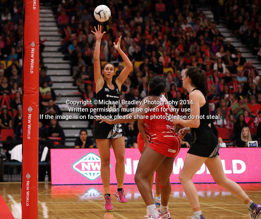 28.10.2014 Silver Ferns Ameliaranne Wells in action during the Silver Ferns V England netball match played at the Rotorua Events Centre in Rotorua. Mandatory Photo Credit ©Michael Bradley.
