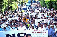 Cuernavaca, Morelos. 8 de enero de 2016.- Organizaciones de la sociedad civil realizaron en la capital morelense marcha para pedir la renuncia del gobernador  Graco Ramírez y la activación de juicio político contra el mandatario estatal. <br /> <br /> Foto: Noé Knapp