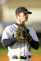 March 8, 2005:  First Baseman Whit Robbins (16) of the Georgia Tech Yellow Jackets during a game at Russ Chandler Stadium in Atlanta, GA.  Photo By David Stoner/Four Seam Images