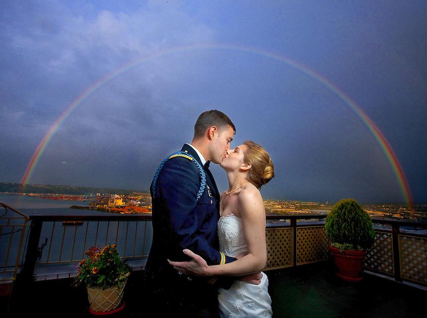 Photography Karen Fischer-Chris Hetz wedding in Tacoma, WA on Saturday September 6, 2009..(Photo by Scott Eklund/Red Box Pictures)..