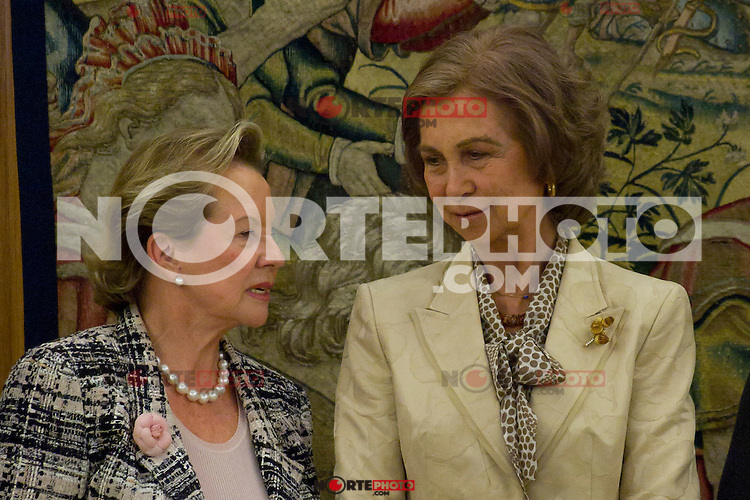 13.09.2012. Queen Sofia of Spain attends in audience a group of Fundaci&oacute;n F&eacute;lix Rodr&iacute;guez de la Fuente and the Executive Committee of &acute;10th World Wilderness Congress&acute;, chaired by Ms Marcelle Genevieve Parmentier Lepied in the Zarzuela Palace, Madrid. In the image Queen Sofia and Marcelle Genevieve Parmentier Lepied (Alterphotos/Marta Gonzalez) /NortePhoto.<br />