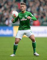 FUSSBALL   1. BUNDESLIGA   SAISON 2012/2013    26. SPIELTAG SV Werder Bremen - Greuther Fuerth                        16.03.2013 Tom Trybull (SV Werder Bremen) Einzelaktion am Ball