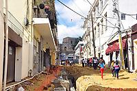 Los comerciantes alegan que la tardanza en la terminaci&oacute;n de los trabajos de remodelaci&oacute;n los est&aacute; llevando a la quiebra. Los vecinos se&ntilde;alan peligros para residentes y turistas, debido a las zanjas, los escombros y la oscuridad<br />Fotos: Carmen Su&aacute;rez/acento.com.do<br />Fecha: 25/01/2014