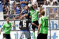 Philipp Klingmann (KSC) gegen Markus Ziereis (FSV) - 21.07.2013: FSV Frankfurt vs. Karlsruher SC, Frankfurter Volksbank Stadion