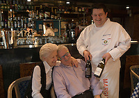 "Europe/France/Rhône-Alpes/01/Ain/Les Echets: Christophe Marguin restaurant ""Christophe Marguin"" avec ses parents -"