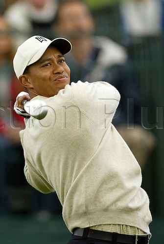 26 February 2003:  Tiger Woods during the first round of the 2003 WGC Accenture Match Play Golf Championship at LaCosta Resort in Carlsbad, CA, USA. Photo: Darren Carroll/Icon/Action Plus...030226.PGA drive drives driver tees off american golfer men man mens