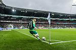 10.02.2019, Weserstadion, Bremen, GER, 1.FBL, Werder Bremen vs FC Augsburg<br /> <br /> DFL REGULATIONS PROHIBIT ANY USE OF PHOTOGRAPHS AS IMAGE SEQUENCES AND/OR QUASI-VIDEO.<br /> <br /> im Bild / picture shows<br /> Milot Rashica (Werder Bremen #11) mit Eckstoß, <br /> <br /> Foto © nordphoto / Ewert