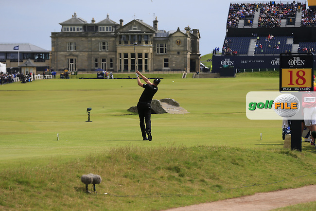 Henrik STENSON (SWE) tees off the 18th tee during Monday's Final Round of the 144th Open Championship, St Andrews Old Course, St Andrews, Fife, Scotland. 20/07/2015.<br /> Picture Eoin Clarke, www.golffile.ie