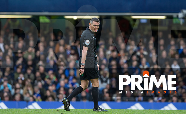 Referee Andre Marriner during the FA Cup 5th round match between Chelsea and Manchester City at Stamford Bridge, London, England on 21 February 2016. Photo by Andy Rowland.