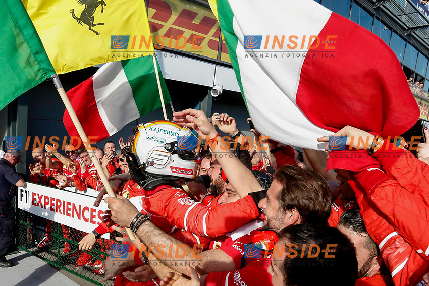 Race winner Sebastian Vettel (GER) Ferrari celebrates in parc ferme with the team at Formula One World Championship, Rd1, Australian Grand Prix, Race, Albert Park, Melbourne, Australia, Sunday 26 March 2017.<br /> Foto Sutton/Panoramic/Insidefoto