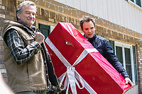 A Merry Friggin' Christmas (2014) <br /> Robin Williams &amp; Joel McHale<br /> *Filmstill - Editorial Use Only*<br /> CAP/KFS<br /> Image supplied by Capital Pictures