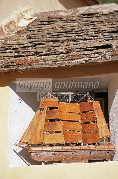 Europe/France/Corse/2B/Haute-Corse/Cap Corse/Barrettali: Détail navire en ex-voto à l'église