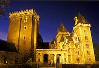 castle, Pau, France, Aquitaine, Pyrenees-Atlantiques, Europe, Chateau illuminated at night.