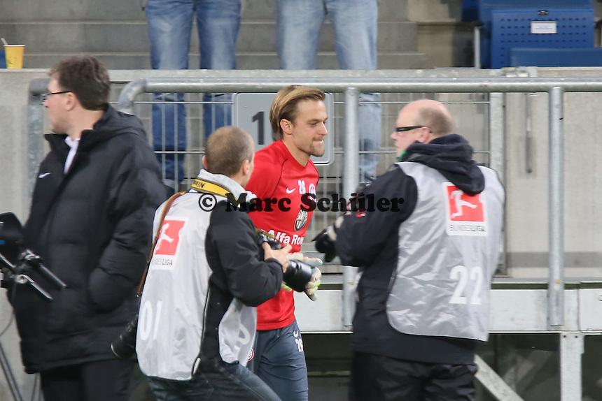 Timo Hildebrand (Eintracht) betritt die Arena - TSG 1899 Hoffenheim vs. Eintracht Frankfurt, WIRSOL Neckar Arena Sinsheim