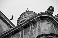 Lecce - Cortili aperti 2011 - Particolare del tetto laterale del Duomo di Lecce.