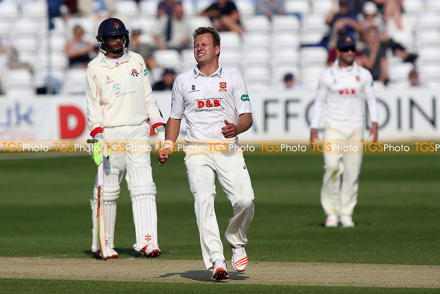 Frustration for Neil Wagner of Essex as a chance goes down during Essex CCC vs Lancashire CCC, Specsavers County Championship Division 1 Cricket at The Cloudfm County Ground on 8th April 2017
