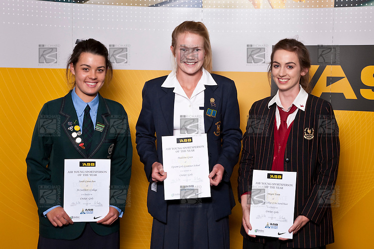 Girls Cricket finalists Sarah Carnachan, Madeline Green & Imogen Temm. ASB College Sport Auckland Secondary School Young Sports Person of the Year Awards held at Eden Park on Thursday 12th of September 2009.