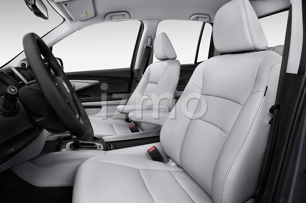 Front seat view of a 2019 Honda Ridgeline RTL-T 4 Door Pick Up front seat car photos