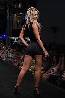 SÃO PAULO-SP-03.03.2015 - INVERNO 2015/MEGA FASHION WEEK - Rosa Fina/<br /> O Shopping Mega Polo Moda inicia a 18° edição do Mega Fashion Week, (02,03 e 04 de Março) com as principais tendências do outono/inverno 2015.Com 1400 looks das 300 marcas presentes no shopping de atacado.Bráz-Região central da cidade de São Paulo na manhã dessa segunda-feira,02.(Foto:Kevin David/Brazil Photo Press)