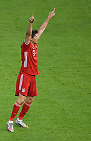 v. l. Robert Lewandowski (FC Bayern Muenchen) celebrate the goal, Der Torjubel zum 0:3<br /> <br /> Fussball, Herren, Saison 2019/2020, 77. Finale um den DFB-Pokal in Berlin, Bayer 04 Leverkusen - FC Bayern München, 04.07. 2020, Foto: Matthias Koch/POOL/Marc Schueler/Sportpics.de