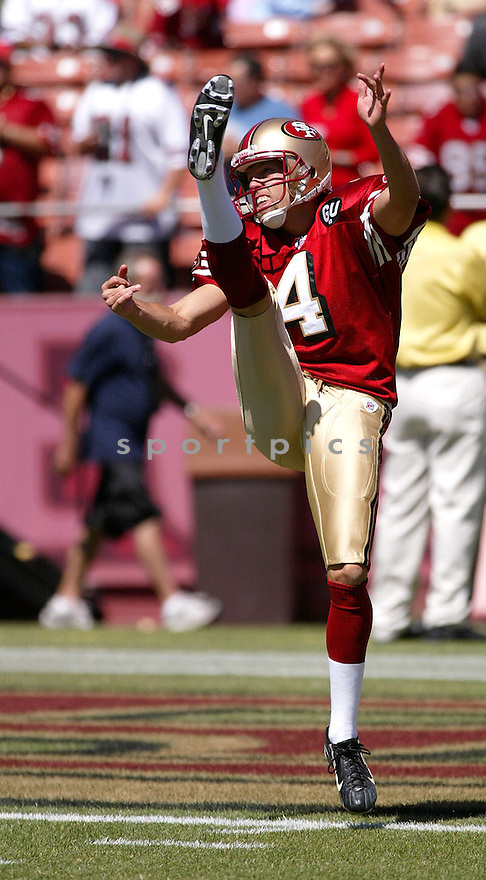 ANDY LEE, of the San Francisco 49ers, in action during the  49ers game against the  Arizona Cardinals  on September 7, 2008 in San Francisco, California...The San Francisco 49ers win 23-13