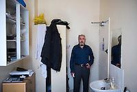 UK. London. 20th April 2013.<br /> hossein salahi<br /> ©Andrew Testa/Panos for Der Spiegel