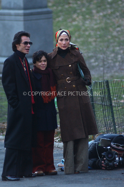 "WWW.ACEPIXS.COM . . . . .....January 4 2006, New York City....Jennifer Lopez and her husband Marc Anthony on the set of thier new movie ""El Cantante"" in Manhattan's Central Park.......Please byline: Kristin Callahan - ACEPIXS.COM..... *** ***..Ace Pictures, Inc:  ..Philip Vaughan (212) 243-8787 or (646) 769 0430..e-mail: info@acepixs.com..web: http://www.acepixs.com"