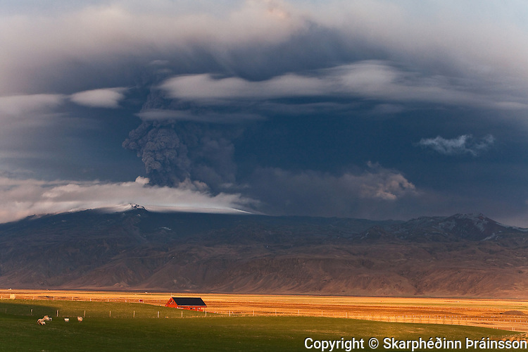 Eyjafjallajökull erupting volcano in southern Iceland, may 2010