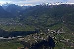 Place forte de Mont-Dauphin construite par Vauban &agrave; partir de 1693, inscrite en 2008 au Patrimoine mondial de l'UNESCO. Domin&eacute;e par les&quot; 4000&quot; du massif des Ecrins. Vue en ULM<br /> Mont-Dauphin castle built by Vauban in 1693, on the Unesco list since 2008