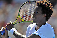 MELBOURNE, 15 JANUARY - Gael Monfils (FRA) hits a backhand in the final of the 2011 AAMI Classic against Lleyton Hewitt (AUS) at Kooyong Tennis Club in Melbourne, Australia. (Photo Sydney Low / syd-low.com)