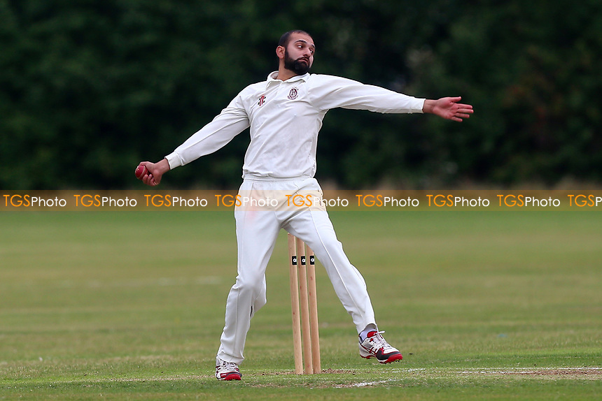 J Azam in bowling action for Parkonians during during Hainault and Clayhall CC (batting) vs Oakfield Parkonians CC, Shepherd Neame Essex League Cricket at the Jack Carter Pavilion on 15th July 2017