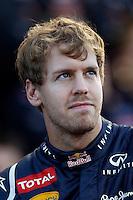 ATENCAO EDITOR: FOTO EMBARGADA PARA VEICULO INTERNACIONAL - SAO PAULO, RJ, 23 DE NOVEMBRO 2012 - O piloto alemão Sebastian Vettel, da equipe Red Bull, é visto nos boxes durante a primeira sessão de treinos livres para o Grande Prêmio do Brasil de Fórmula 1, no Autódromo José Carlos Pace (Interlagos), na zona sul de São Paulo, nesta sexta-feira (23). A prova está marcada para as 14h do domingo (23). FOTO: PIXATHLON - BRAZIL PHOTO PRESS.