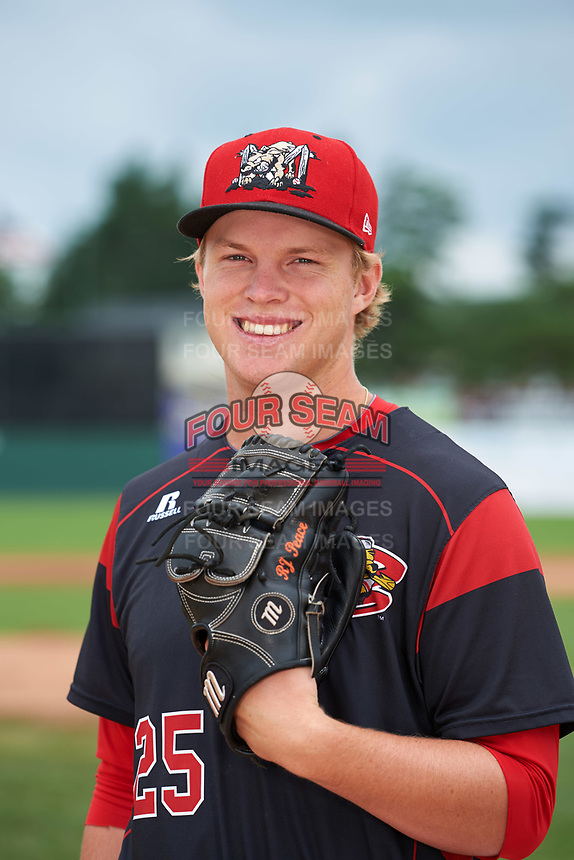 Batavia Muckdogs pitcher RJ Peace (25) poses for a photo before a game against the Tri-City ValleyCats on July 15, 2017 at Dwyer Stadium in Batavia, New York.  Tri-City defeated Batavia 5-4.  (Mike Janes/Four Seam Images)