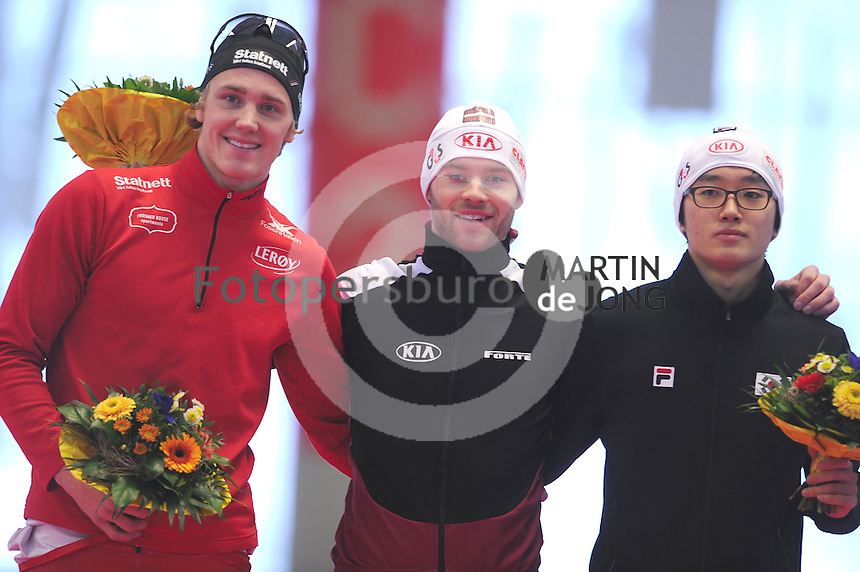 SCHAATSEN: INZELL: Max Eicher Arena, 10-02-2013, Essent ISU World Cup, Season 2012-2013, 1500m Men, B-division, podium Christoffer Fagerli  Rukke (NOR), Haralds Silovs (LAT), Hyung-Joon  Joo (KOR), ©foto Martin de Jong