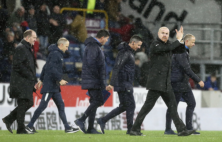 Burnley manager Sean Dyche applauds the fans at the final whistle<br /> <br /> Photographer Rich Linley/CameraSport<br /> <br /> The Premier League - Burnley v Brighton and Hove Albion - Saturday 8th December 2018 - Turf Moor - Burnley<br /> <br /> World Copyright © 2018 CameraSport. All rights reserved. 43 Linden Ave. Countesthorpe. Leicester. England. LE8 5PG - Tel: +44 (0) 116 277 4147 - admin@camerasport.com - www.camerasport.com