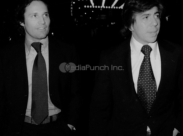 Bob Woodward and Carl Bernstein 1976<br /> John Barrett/PHOTOlink.net /MediaPunch