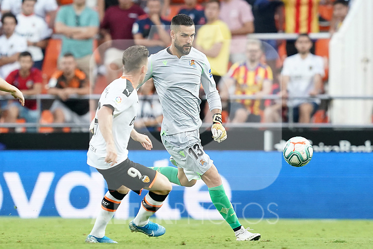 Valencia CF's Kevin Gameiro (l) and Real Sociedad's Miguel Angel Moya during La Liga match. August 17,2019. (ALTERPHOTOS/Acero)