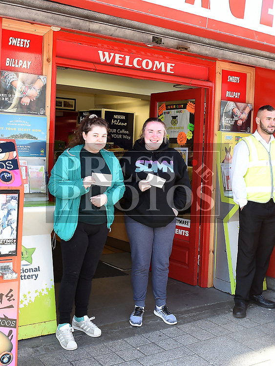 Roisin Curran and Megan McCann were first to get Ed Sheeran tickets from Jojo's Newsagent West street. Photo:Colin Bell/pressphotos.ie