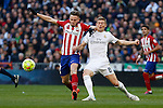 Real Madrid´s Toni Kroos and Atletico de Madrid´s Saul Niguez during 2015/16 La Liga match between Real Madrid and Atletico de Madrid at Santiago Bernabeu stadium in Madrid, Spain. February 27, 2016. (ALTERPHOTOS/Victor Blanco)