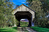 Gates Farm Covered Bridge, Cambridge, Vermont, USA.