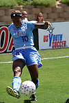 24 August 2003: Charmaine Hooper sends in a cross in the second half. The Washington Freedom defeated the Atlanta Beat 2-1 in golden goal overtime to win the WUSA Founders Cup III championship game played at Torero Stadium in San Diego, CA.