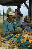 "Afrika Burundi Bujumbura.Tutsi Flüchtlinge in einem Flüchtlingslager - Frauen Frau Flucht Flüchtling Bürgerkrieg Krieg Völkermord Genozid Mord Hutus Tutsis Ethnien ethnischer Konflikt Tod Afrikaner afrikanisch xagndaz | .africa Burundi Bujumbura.Tutsi refugees in refugee camp - women woman civil war genocide ethnic conflict african | .[copyright  (c) Joerg Boethling / agenda , Veroeffentlichung nur gegen Honorar und Belegexemplar / royalties to:  agenda PG , Bank: Hamburger Sparkasse , BLZ 200 505 50 , kto. 1281 120 178  IBAN: DE96 2005 0550 1281 1201 78 BIC: ""HASPDEHH"", address: agenda  Rothestr. 66  D-22765 Hamburg  ph. ++49 40 391 907 14   e-mail: boethling@agenda-fototext.de  www.agenda-fototext.de ] [#0,26,121#]"