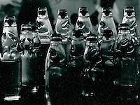 einheimisches Mineralwasser, Indien 1970
